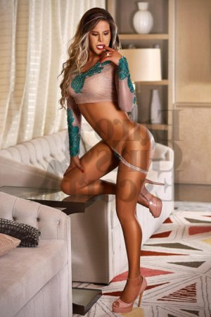 Giovannina call girls in Palm Springs, nuru massage