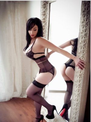Ghalia escort girl & thai massage